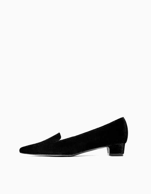 ESSENTIALS LOAFER (블랙 벨벳)